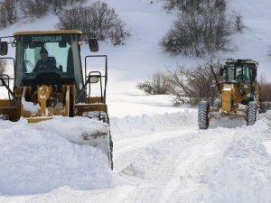 Erzincan'da 103 köy yolu ulaşıma kapandı