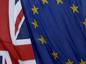 İngiltere'de Brexit tasarısı yasalaştı
