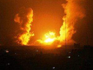 İşgal Ordusu Gazze Şeridi'ne Hava Saldırıları Düzenledi