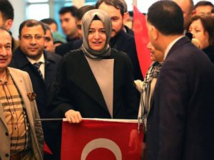 Türk Bakanlar 'Hollanda'da Kampanya Yapmayacak'