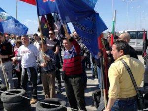 Bulgaristan'da 'Türkler oy kullanmaya gelmesin'