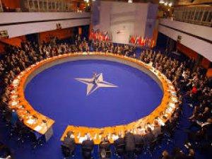 NATO'da 'Bütçe Çatlağı'