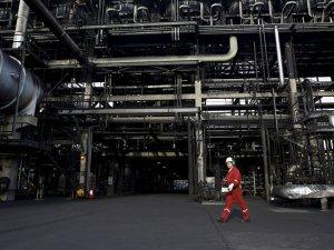 Petrol üreticisi Venezüella'da benzin krizi yaşanıyor