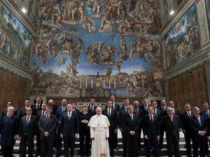 Papa Francis: Avrupa Birliği kendini sorgulamalı