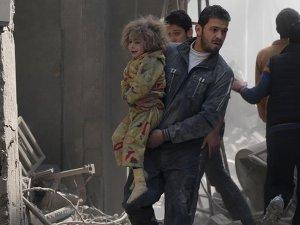 Doğu Guta'ya hava saldırısı: 17 ölü