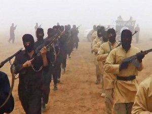 Afganistan'da IŞİD'e hava operasyonu: 33 ölü