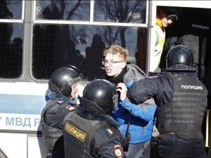 'Protestocular serbest bırakılsın' çağrısına Rusya'dan ret