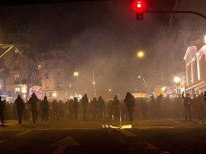 Paris'te Polis Şiddeti
