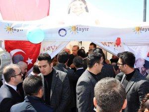 """Erdoğan, """"Hayır"""" çadırında"""