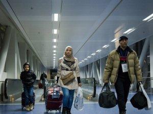 """Trump'ın ikinci vize yasağı """"süresiz"""" olarak durduruldu"""
