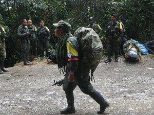FARC, BM'ye 400 silah daha teslim edecek