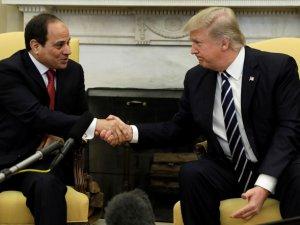 """''Sisi'nin gayet arkasındayız"""""""