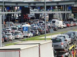Schengen Bölgesinde Sınır Kontrolleri Arttırıldı