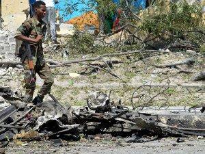 Somali'de Askeri Kampta İntihar Saldırısı