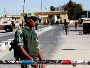 İsrail Mısır ile Sınır Kapısını Kapattı