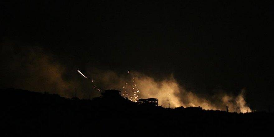 Suriye'de Halep'in batısına fosfor bombalı saldırı
