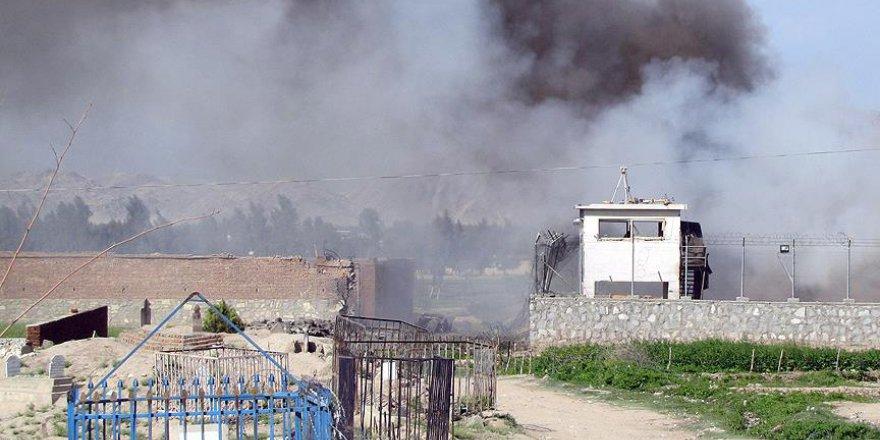 ABD, Afganistan'da 'tüm bombaların anası' ile saldırı düzenledi