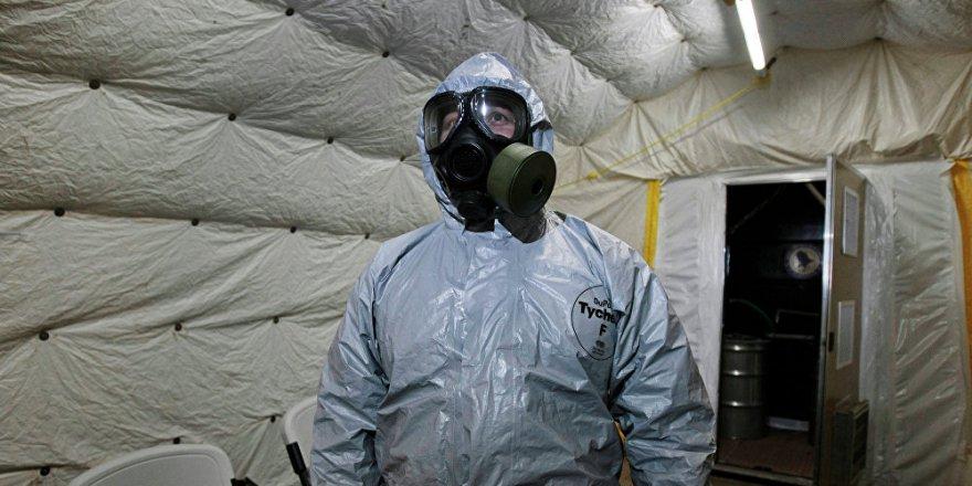 ''Esad yüzlerce ton kimyasal silah saklıyor''