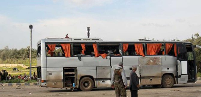 Suriye'de tahliye konvoyuna saldırıda ölü sayısı: 100