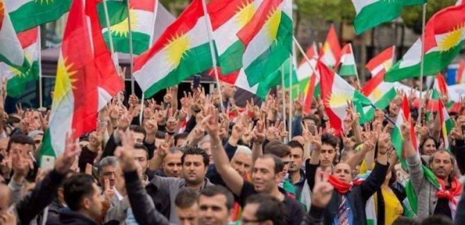 Baziyanî: Bağdat, Anayasa'nın değişimiyle Kürdistan Referandumu'nu engellemek istiyor