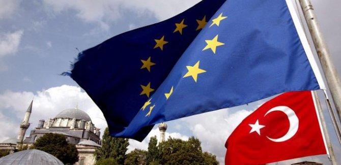 Avrupa Türkiye'nin AB sürecini tartışıyor