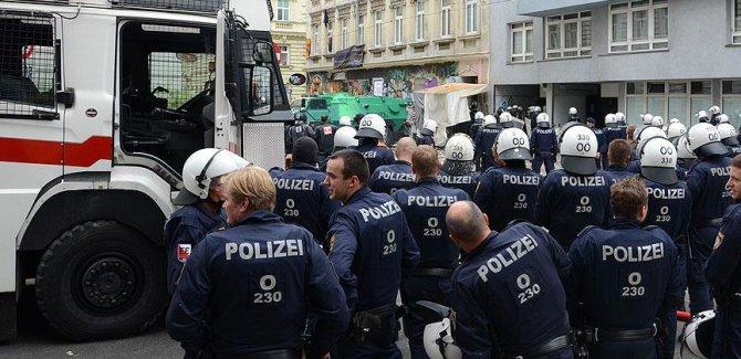 Avusturya'da 'paralel devlet' operasyonu