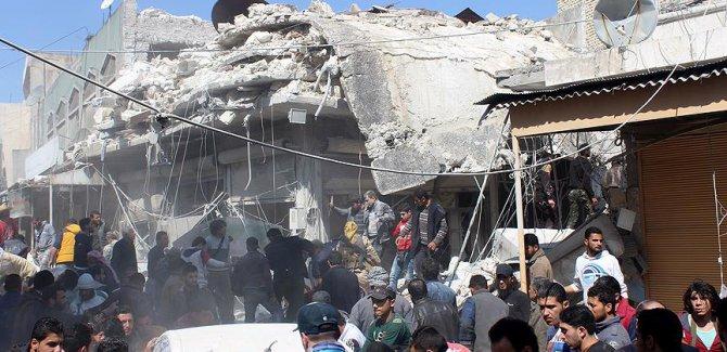 İdlib'de siviller vuruldu