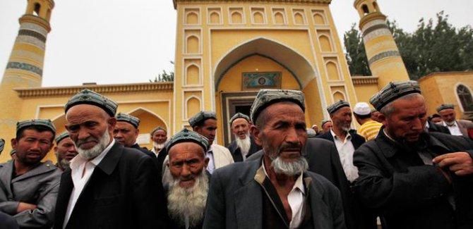 Çin'deki Müslümanlara yönelik isim yasağına tepki