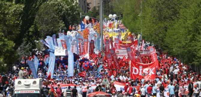 DİSK Taksimden Vazgeçti