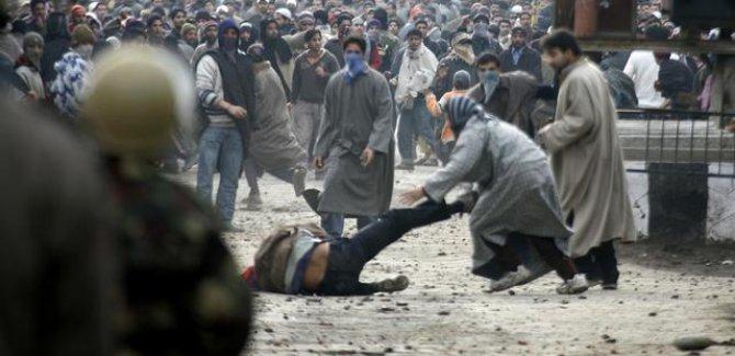 Keşmir'de Hint zulmü devam ediyor