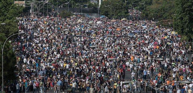 Venezuela'da asgari ücret yüzde 60 artacak