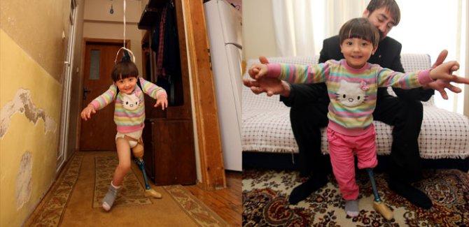 Bir babanın dramı... Fizik tedaviye götüremedi, çareyi böyle buldu!