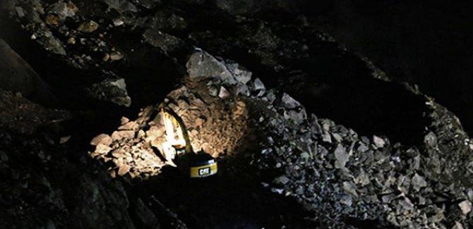 İran'da maden kazası: 40 işçi göçük altında