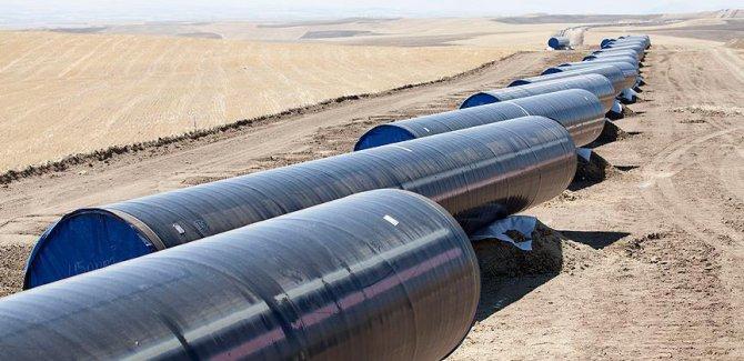 Rus enerji şirketi Gazprom'un, Türk Akımı projesinde deniz kısmı için boru hattı inşaatına başladığı bildirildi.