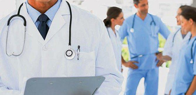 Sağlık çalışanlarının 'yıpranma payı' torba yasada