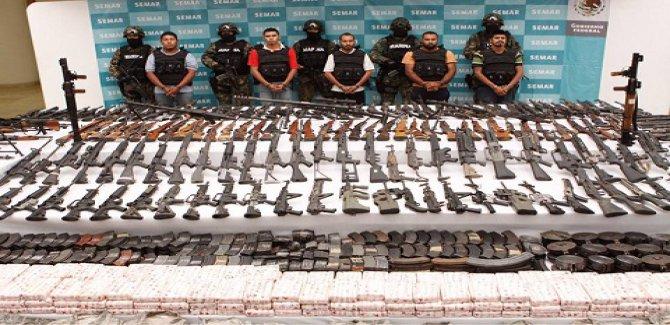 Meksika'da uyuşturucu savaşları 23 bin can aldı