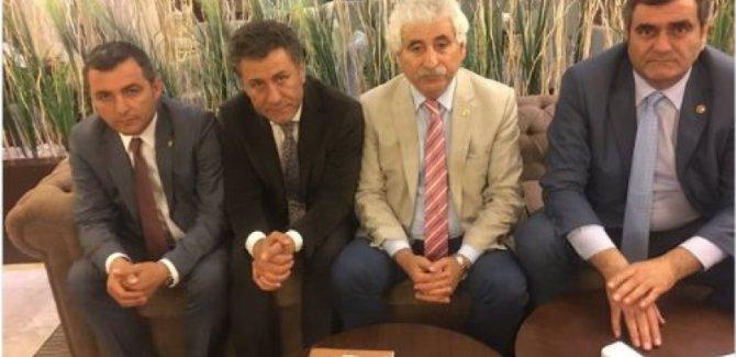 CHP'li 4 vekil açlık grevine başladı