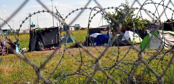 Macaristan AB'nin zorunlu kotasına karşı