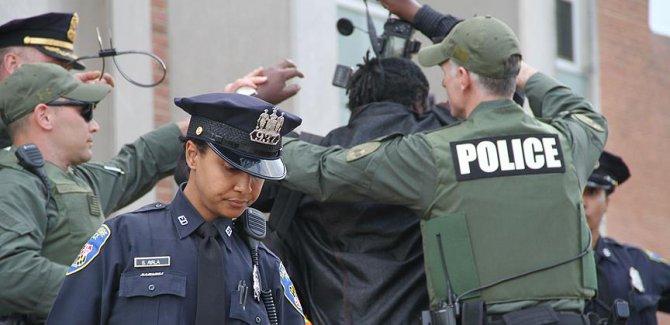 ABD'de çete operasyonlarında bin 378 kişi yakalandı