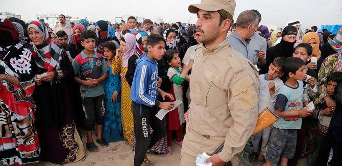 Musul'da 630 bin sivil yerlerinden edildi
