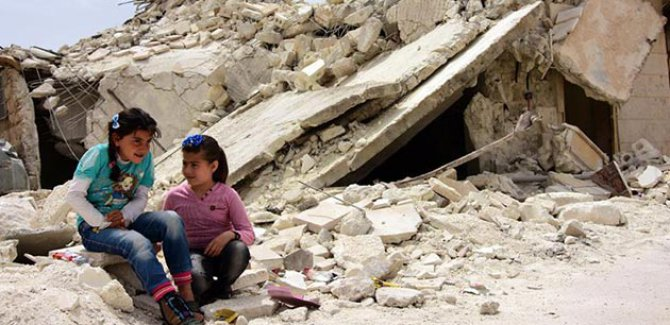 Suriyeli yetim çocukların hayat mücadelesi