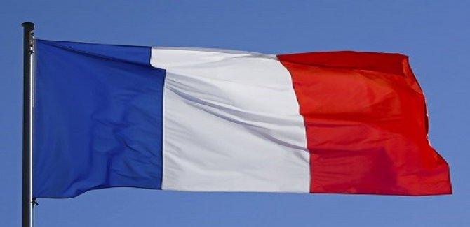 Fransa'da Laigneville Belediyesi, evde ölmeyi yasaklayan bir karar aldı.