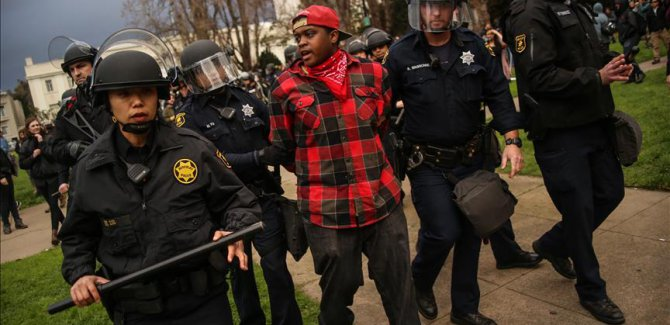 ABD'de gözaltına alınan göçmenlerin sayısı yüzde 38 arttı