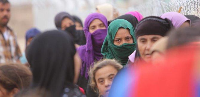 UNICEF:Musul'da 700 bin sivil yerinden edildi