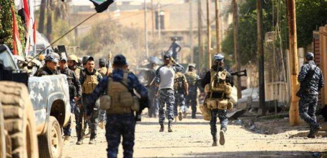 Musul'da IŞİD'in elinde dört mahalle kaldı