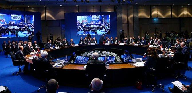 KEİ 25. Kuruluş Yıldönümü Zirve Bildirisi kabul edildi