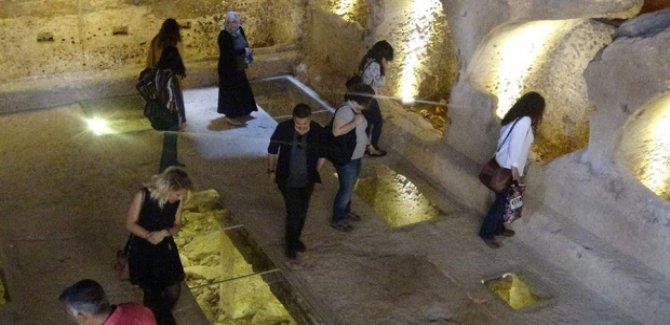 Mardin'deki 1400 yıllık galeri mezarlık ziyaretçilere açıldı