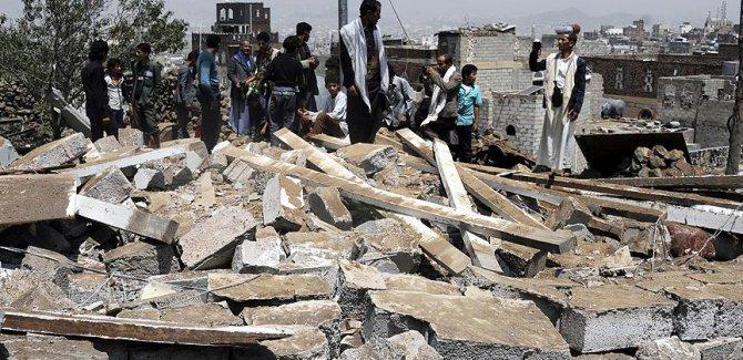 Büyük Terörist Yemen'de Sivilleri Vurdu