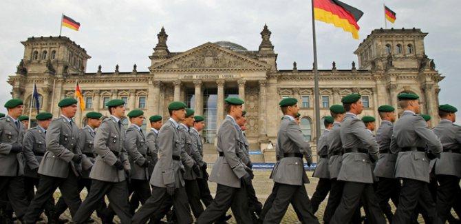 Almanya sığınmacı dosyalarını yeniden inceleyecek