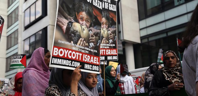Londra'da Dünya Kudüs Günü dolayısıyla yürüyüş düzenledi